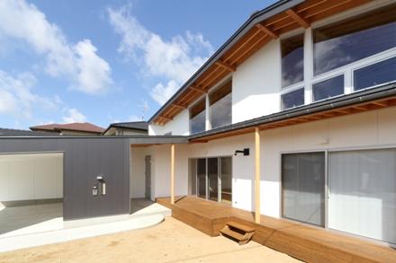 東泉町の家 01