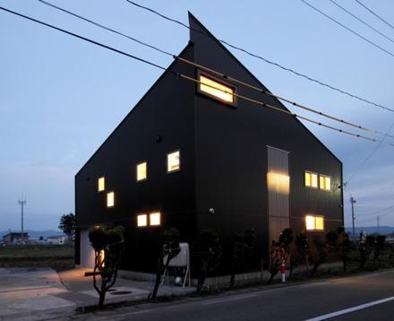 平鹿町の家01