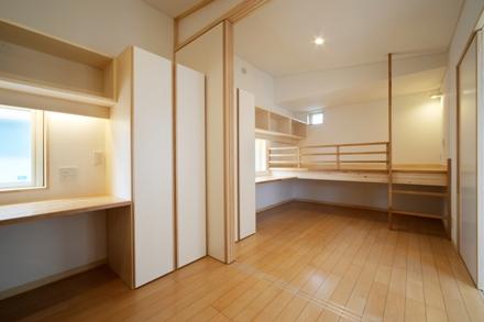 多賀城の家2・子供室