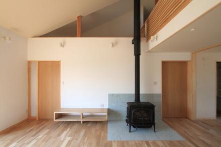 志波姫町の家3・居間2