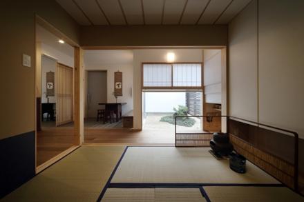 新田の家 02